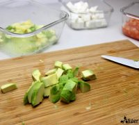 Ensalada de aguacate y queso fresco (4)