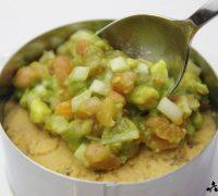 Hummus con tartar de aguacate (6)