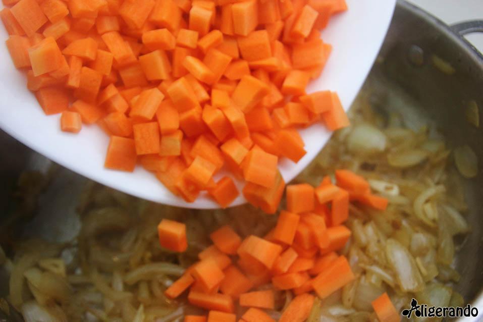 Pollo en escabeche ligero, escabeche ligero, escabeche, pollo escabechado, pollo, aligerando, restando calorías, recipe, receta, recipes, recetas, cocina ligera, receta baja en grasa, receta con número de calorías, calorías, receta calorías, cocina sana, receta sana, receta rica y sana, rico, sano, saludable, healthy, healthy food, receta light, light, receta saludable, receta foto, fotoreceta, receta paso a paso, receta fácil, adelgazar, adelgazar comiendo, recetas para perder peso, receta para perder peso, recetas perder peso, receta perder peso, sin gluten, gluten free, sin lactosa, comida real, real food, receta tupper, receta táper, tupper, táper, receta baja en calorías.