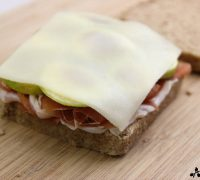 Sándwich de jamón, higo y queso (4)