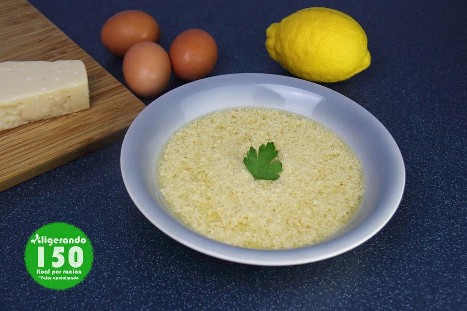 Sopa Stracciatela, sopa, sopa con parmesano, sopa con huevo, sopa italiana, aligerando, restando calorías, recipe, receta, recipes, recetas, cocina ligera, receta para dos, para 2, receta con número de calorías, calorías, receta calorías, cocina sana, receta sana, receta rica y sana, rico, sano, saludable, healthy, healthy food, receta light, light, receta saludable, receta fácil, adelgazar, adelgazar comiendo, receta para perder peso, recetas perder peso, receta perder peso, comida real, real food, receta baja en calorías, receta rápida, receta paso a paso, táper, sin gluten, gluten free